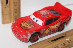 """LIGHTNING MCQUEEN CHARACTER FROM CARS 3"""" TOY VEHICLE FIGURE DISNEY PIXAR USED #Disney"""