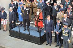 Prins Andrew bij militaire parade - Vorsten