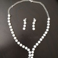 Conjunto daisy – Novias Low Cost Pearl Necklace, Pearls, Jewelry, Fashion, Metals, Brides, Earrings, Tent, Wedding