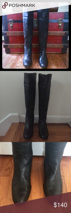 🎈Sale🎈Delman Black Knee-High Leather Boots Delman Black Knee-High Leather (Vero Cuoio) Boots - Size 9. Normal/minimal wear of boots that have been previously worn with much love. Delman Shoes Heeled Boots