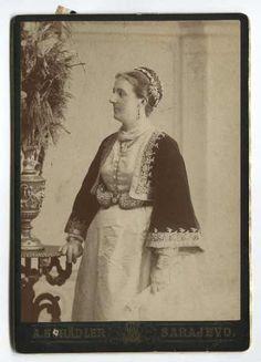 Studio portrait of Savka Jeftanović, © The Historical Archive of Sarajevo Woman iN Libade dress and tepeluk. (Pharyah)