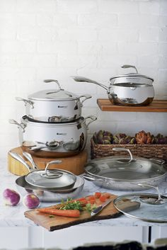 Our Chef Series Cookware features premium quality and offers superior performance. Upgrade your cookware today!