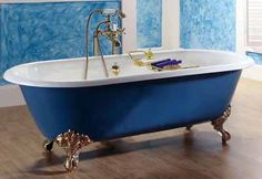 blue-tub-antique-style-bathroom-decorating-ideas
