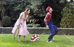 Mario Cosplay engagement photos.  Totes adorbs.