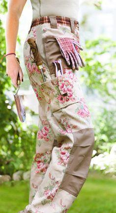 Classic Trousers http://www.gardengirl.se