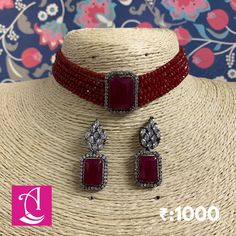 Indian Bridal Jewelry Sets, Indian Jewelry Earrings, Jewelry Design Earrings, Gold Jewellery Design, Necklace Designs, Ruby Jewelry, India Jewelry, Jewelry Necklaces, Stylish Jewelry