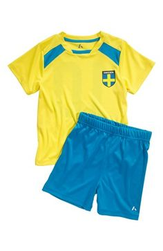 Mega lækre PLAYTECH by Name it T-shirt + shorts Pootball Gul Blå PLAYTECH by Name it Set til Børn & teenager til enhver anledning