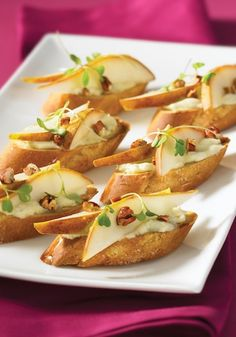 Healthy Holiday Appetizer ~ Pear, Pecan, and Gorgonzola Crostini.