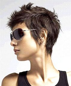 I love this cut but I have a feeliing it wouldn't look nearly this cool on | http://impressiveshorthairstyles.blogspot.com