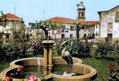 figueira_de_castelo_rodrigo_-_centro_da_vila.jpg (996×682)
