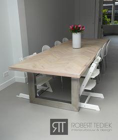 Eikenhouten visgraat tafel door de snode jongens furniture pinterest - Concrete effect tafel ...