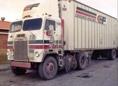 Big Rig Trucks, Tow Truck, Semi Trucks, Old Trucks, Upland California, Freight Transport, Freightliner Trucks, Heavy Truck, Abandoned Cars