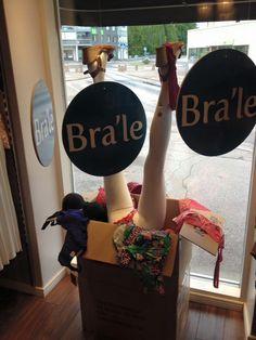 Putiikki Bra season sale = Bra'le Lingerie season sale window display