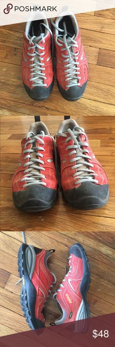 Hiking shoes Men's ASOLO hiking shoes. Great condition. Size 8 Asolo Shoes Athletic Shoes