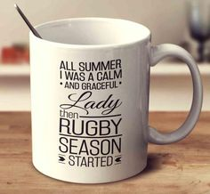 Find rugby mugs with funny quotes. Perfect if you're seeking gifts for rugby fans or players. Each novelty rugby mug has a quality ceramic design. Rugby Funny, Rugby Memes, Rugby Quotes, Funny Sports Quotes, Sports Humor, Rugby Workout, Leeds Rhinos, Rugby Girls, All Blacks Rugby