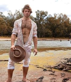 Tom camping on the Bogan River near Nyngan ( no IG) Hairy Hunks, Hairy Men, Paul Freeman, Hot Cowboys, Gay, Barefoot Men, Long Underwear, Hipster, Country Men
