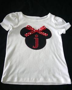 Too cute - Minnie shirt Disney Diy, Disney Crafts, Disney Dream, Disney Love, Disney Stuff, Disney World Trip, Disney Vacations, Disney Trips, Disneyland Trip