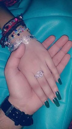 Meeet my jaan😍😍 Love Couple Images, Cute Couple Art, Couples Images, Cute Couple Pictures, Girly Pictures, Sweet Couple, Love Photos, True Love Couples, Cute Muslim Couples
