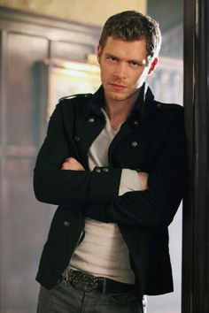 Joseph Morgan (Klaus, Vampire Diaries) I could listen to his unique accent all day and night.