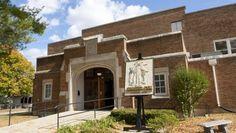 Hoosier Gym in Knightstown, Ind. is abeautifully restored tourist destination thanks to the 1986 movie Hoosiers.