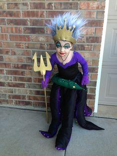 king triton and the little mermaid halloween costume cont Ursala Costume, Ursula Costume Diy, Mermaid Halloween Costumes, Clever Halloween Costumes, Disney Costumes, Cool Costumes, Costumes Kids, Creative Costumes, Costume Ideas