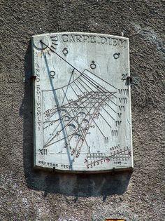 Cadran solaire Saint-Flour (Cantal)