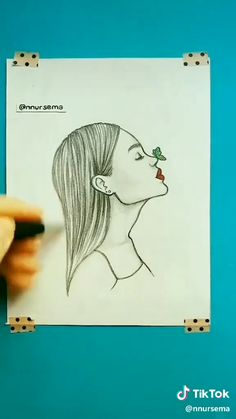 Idea for drawing - Zeichnung Easy Doodles Drawings, Easy Pencil Drawings, Cool Art Drawings, Easy But Cool Drawings, Easy Drawings Of Girls, Girl Drawing Easy, Animal Drawings, Girl Drawing Sketches, Book Drawing