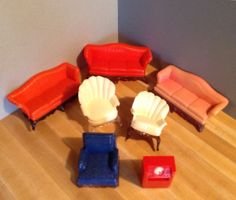 VINTAGE RENWAL DOLL HOUSE FURNITURE -- Sofas, Chairs, Phono -- AS IS Issues #Renwal
