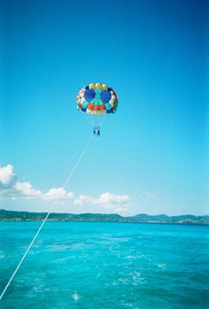 Summer bucket list: Parasailing