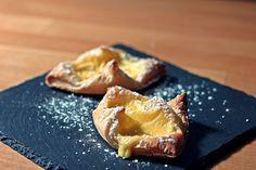 Schnelle Blätterteig - Vanillepuddingteilchen, ein sehr schönes Rezept aus der Kategorie Kuchen. Bewertungen: 23. Durchschnitt: Ø 4,3.
