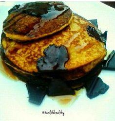 Pancakes saludables de mango y avena. . . mas info en mi instagram @tanilifehealthy