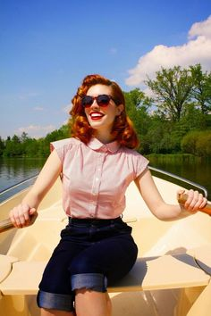 10 New Moda Vintage Retro Inspiration Ideas Vintage Outfits, Vintage Dresses, Retro Outfits 1950s, 1950s Style Outfits, 1950s Casual, 1950s Clothes, Vintage Blouse, 60s Style, Vintage Inspired Outfits