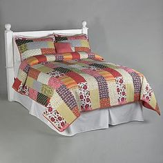 Patchwork Quilt Complete Bed Set: Get Cozy with Sears and Kmart