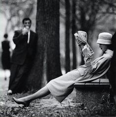 Central Park, New York Photo by Yale Joel, 1957 art fashion black and white photography Black N White, Black White Photos, Black And White Photography, Classic Photography, Photography Portraits, White Picture, Pretty Black, Portrait Photographers, Photography Ideas