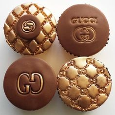 #GucciCupcakes #guccicookiecutter #GucciEmbosserStamp Available on http://www.itacakes.com
