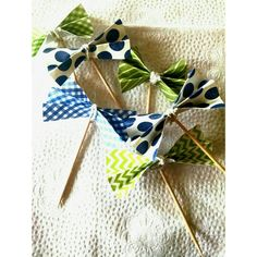 Bowtie cupcake toppers