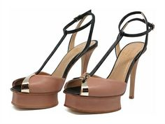 Leather T- strap sandal with island platform GREYMER @greymer_shoes&bags Nude & black leather t-strap sandal with island platform and stiletto heel...