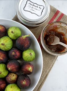 Fig Balsamic Jam - to adapt with sugar substitute.