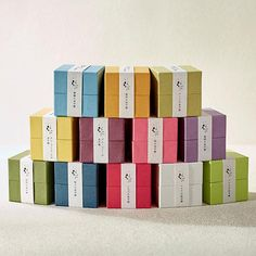 プチギフト|HYACCA Tea Brands, Thing 1, Little Boxes, Brand Packaging, Usb Flash Drive, Branding, Gifts, Design, Wedding