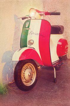 https://www.etsy.com/listing/197712098/italian-vespa-bike-photography-street?