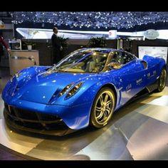 Pagani... love this car in blue