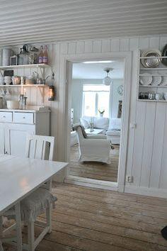 White Veranda: kitchen