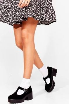 mary jane chunky heel shoes - Google Search T Bar Shoes, Cute Shoes, New Shoes, Me Too Shoes, Women's Shoes, Dream Shoes, Mary Jane Outfit, Mary Jane Heels, Socks And Heels