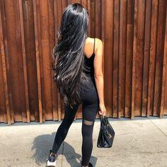 Gefällt 446 Mal 5 Kommentare Long Hair Inspiration (Long Hair Style) auf - New Ideas Long Dark Hair, Long Layered Hair, Long Hair Cuts, Very Long Hair, Haircuts For Long Hair With Layers, Straight Black Hair, Curly Hair Women, Curly Hair Styles, Beautiful Long Hair