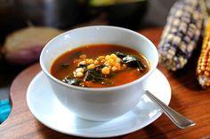 Sopa de espinacas, flor de calabaza y elote - Receta fácil