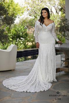 Plus size wedding gowns 2018 Lida (2) Trouwjurken Plus Maat ad51a29d18fa