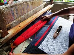 Weaving inabel in Ilocos, the Northern Philippines Ilocos, Weaving Textiles, Red And Blue, Hand Weaving, Modern Design, Traditional, Filipino, Philippines, Fabric