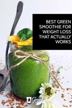 This is the best green smoothie for weight loss because it actually works. I lost 56 pounds in a few months by drinking this recipe. It also tastes delightful. Green Smoothie Cleanse, Green Detox Smoothie, Green Smoothie Recipes, Green Smoothies, Smoothie Diet, Healthy Carbs, Healthy Food, Low Calorie Fruits, Vegan Dating