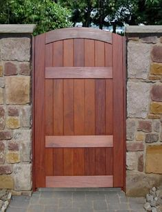 Elegant Design Of The Wooden GateS To Your Home Page. Furniture Exterior Outdoor Decorating Ideas Of Wooden Gate Designs Along Wonderful Driveway Gate Designs Wood Backyard Gates, Garden Gates And Fencing, Garden Doors, Fence Gates, Outdoor Gates, Driveway Gate, Privacy Fences, Entry Gates, Wooden Gate Door
