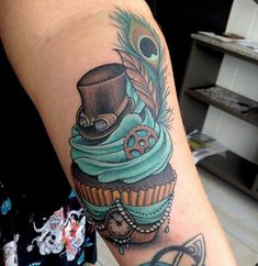 Steam punk cupcake
